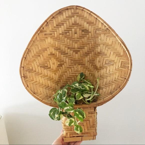 Vintage Wicker Peacock Wall Basket Plant Holder